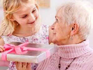 idees-cadeaux-fete-grand-mere